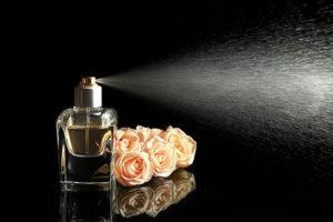 Uwodzicielskie i kobiece perfumy damskie