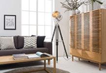 Gdzie ukryć telewizor w salonie? 8 estetycznych i funkcjonalnych pomysłów