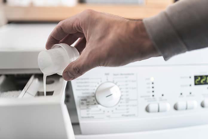 Czyste pranie w mgnieniu oka – pralka, która oszczędza Twój czas