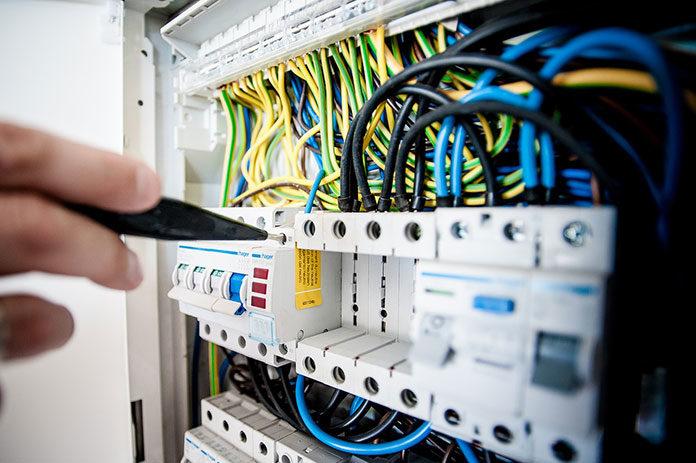 Wymiana instalacji elektrycznej w domu