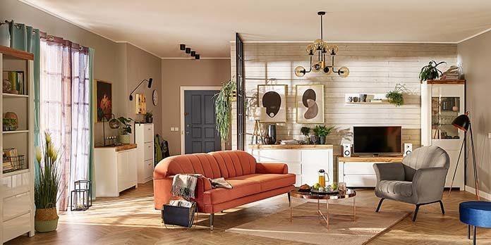 Sofa i fotele czy narożnik w salonie? Co wybrać?