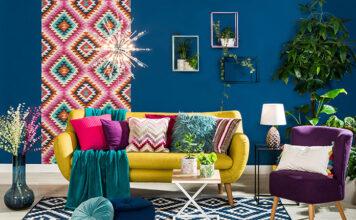 Salon z wersalką czy sofą