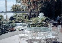 Stół ogrodowy wyjątkowym elementem w aranżacji